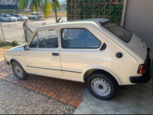 FIAT-147-1.0-1982